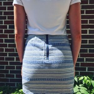 Fitted blue and white patterned skirt